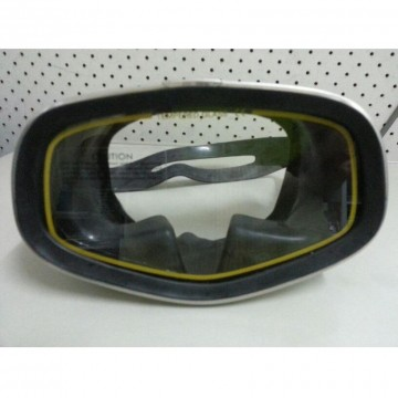 Tecna metal frame rubber mask